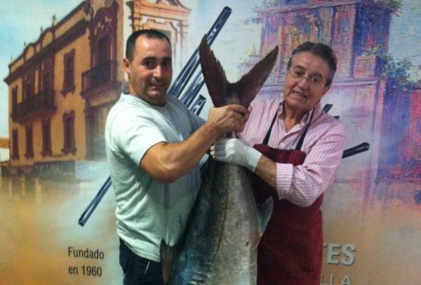 Pez Limón durante el Puente del Pilar en Modesto Restaurantes Sevilla